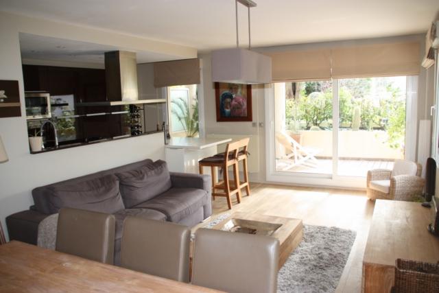 Tag proche commerces cannes vente immobili re for Appartement 35m2 design